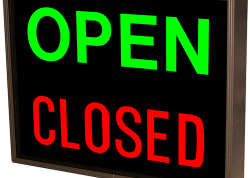Open / Closed Square Sign